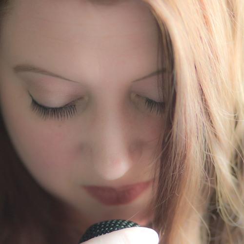 Carie Lauren's avatar