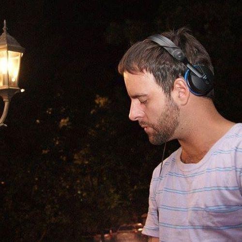 Camilo Gil 1's avatar
