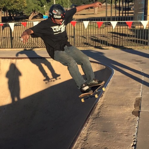 Chris_Lopez_Skate's avatar