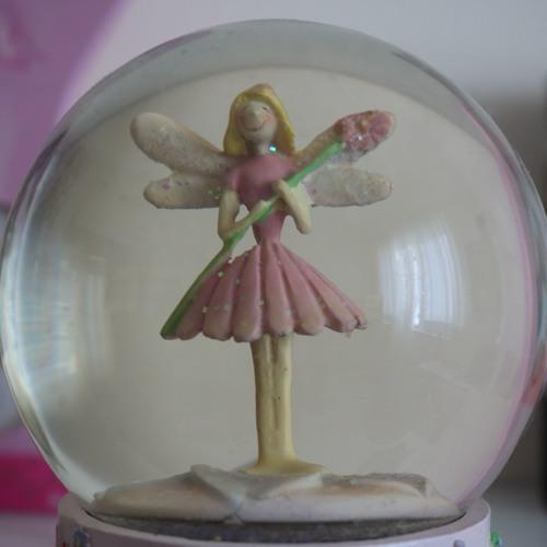Tansy Magiz's avatar