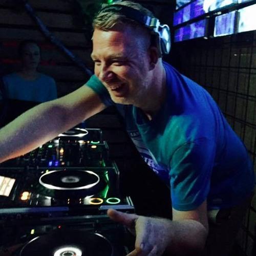 Mike van Loon's avatar