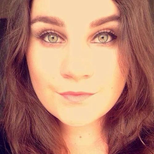 Chloe Hurley's avatar