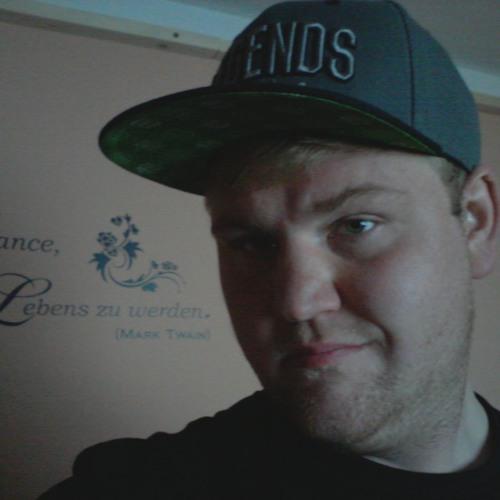Tobias Reischl's avatar