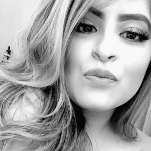 DanielaLomas's avatar