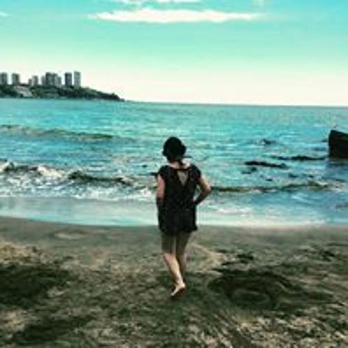 Polly Alejandra's avatar