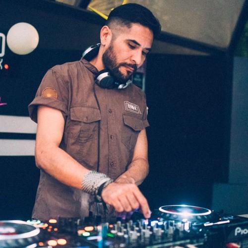 Adrian Salas Abrego's avatar