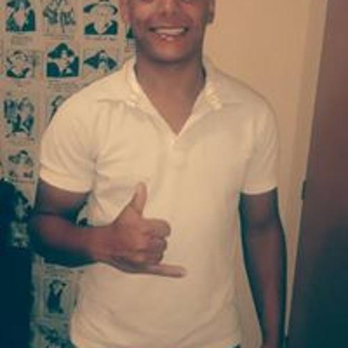 Lucas Barros Faria's avatar