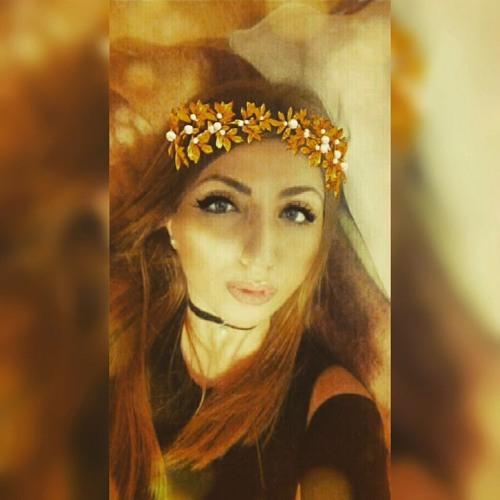 Julia Kostadinova's avatar