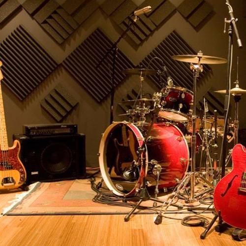 CLM Studio 21's avatar