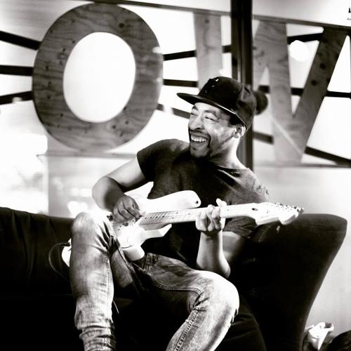 Ike Akoy's avatar