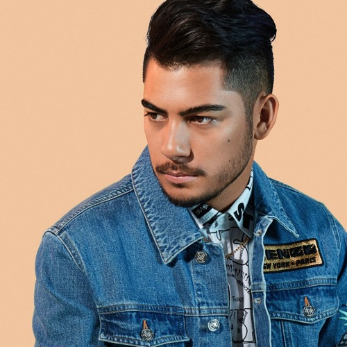 Oliver Rosa's avatar