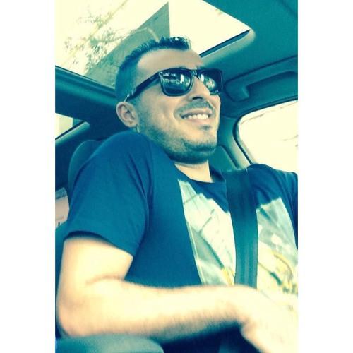 Yas Lag's avatar