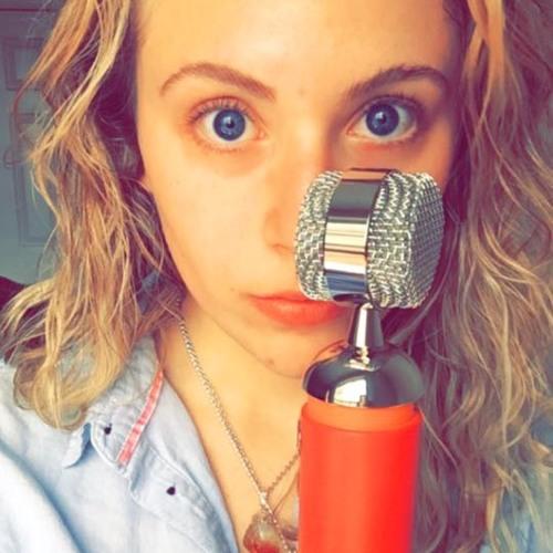 Adria Bello's avatar