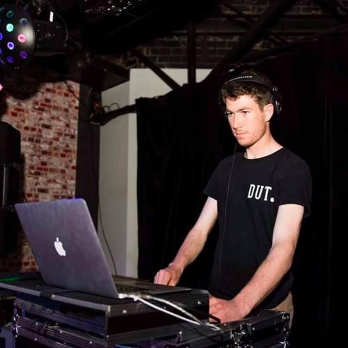 DJ Crispinn's avatar