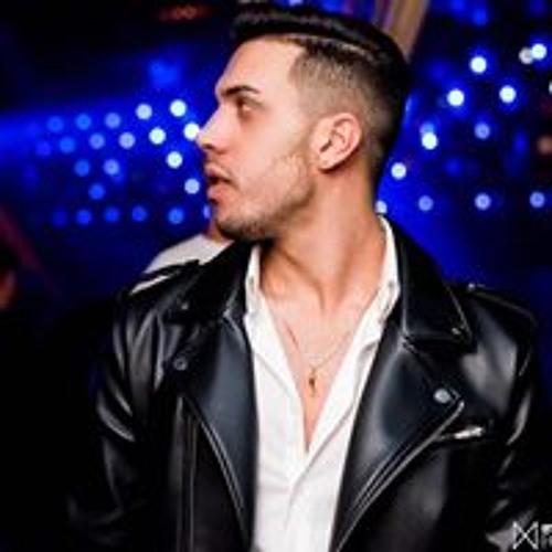 Noy Shemesh's avatar