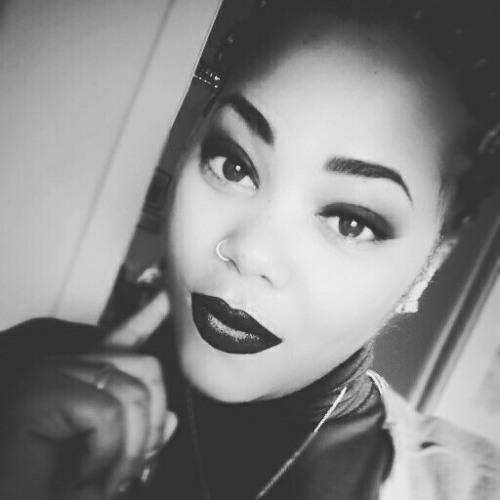 erica Santos's avatar