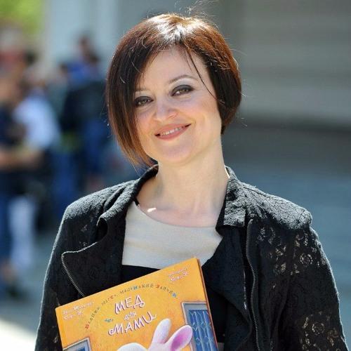 Katharina Webb's avatar