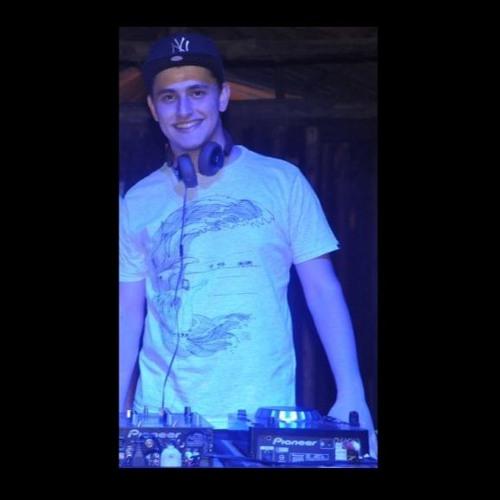 Daniel Erbes Savoldi's avatar