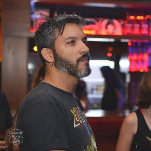 Gustavo Rosa's avatar
