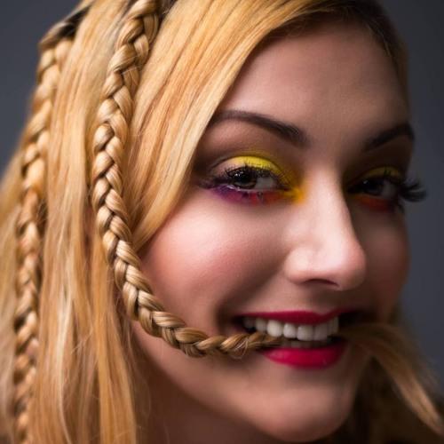 Rebecca Dawn's avatar