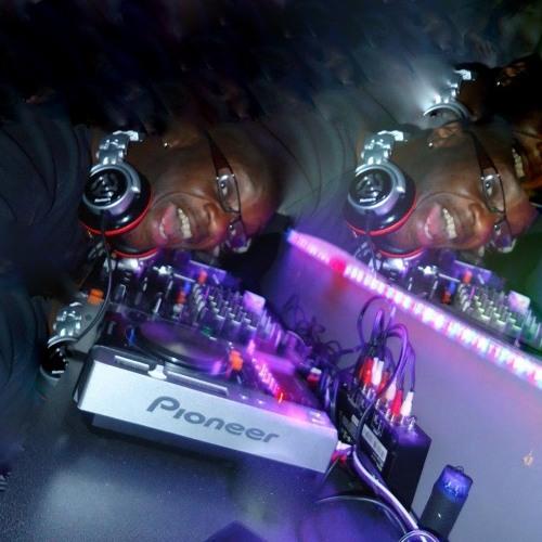 DJ Tee Twizzle's avatar