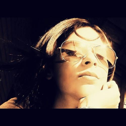 Ana Kuzmancev's avatar