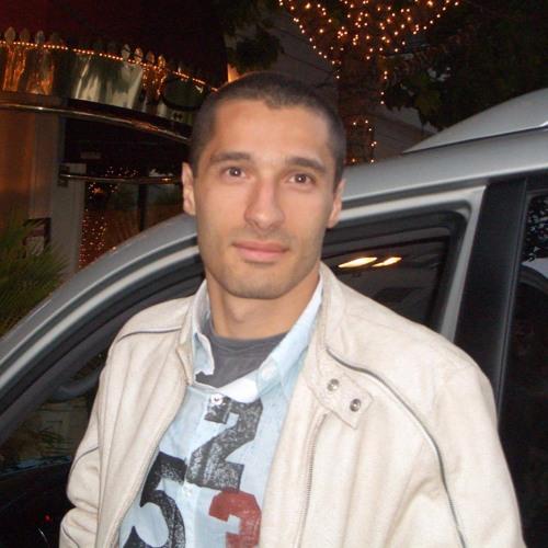 Alex Tovarian's avatar