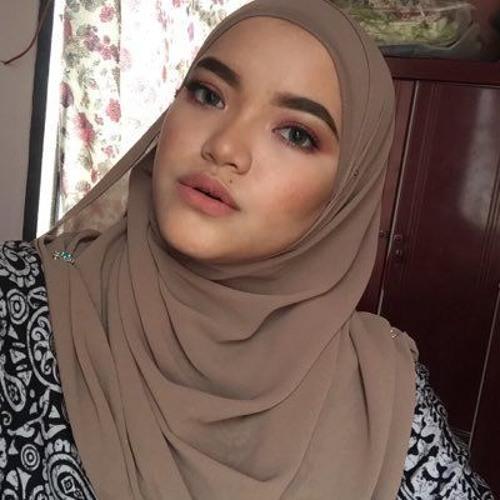 Natasha Izzaty's avatar