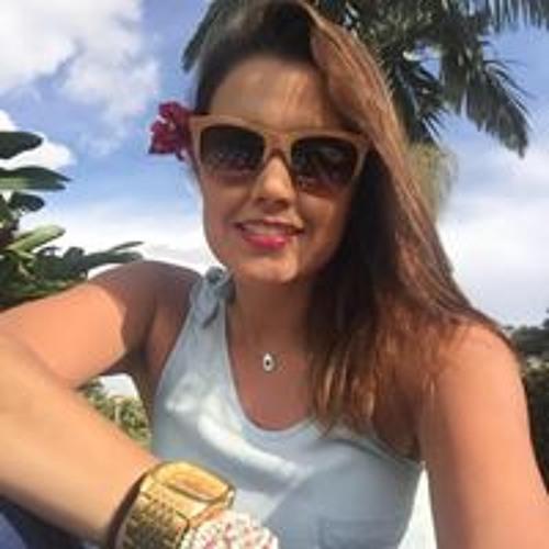 Laura Cardona's avatar