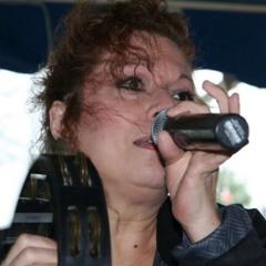 Sophia Lynne