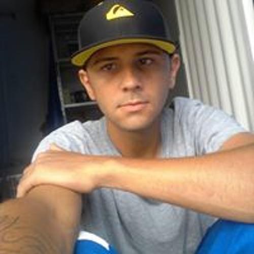 Lukas Eduardo's avatar