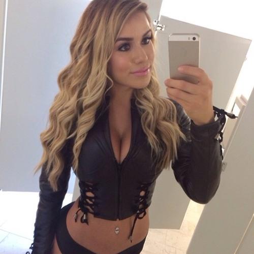 Courtney Roberts's avatar