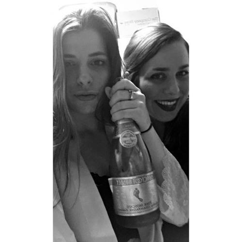 Olivia Varis's avatar