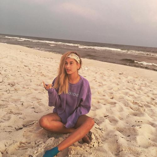 Alexa Camacho's avatar