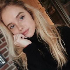 Evie Key