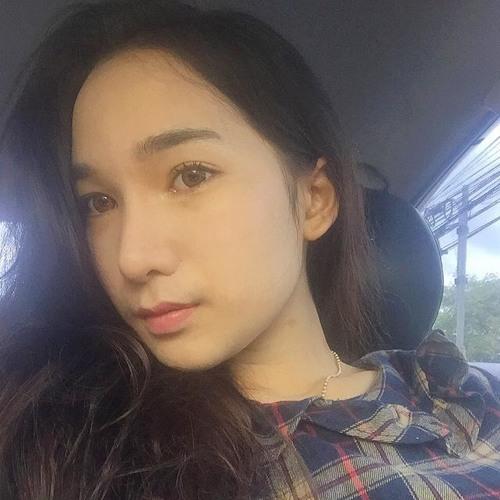 Morgan Lang's avatar