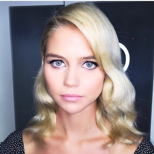 Isabella Michael's avatar