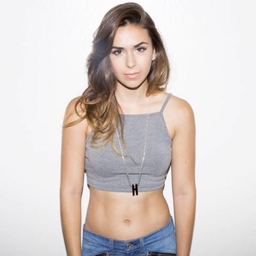 Amanda Lang's avatar