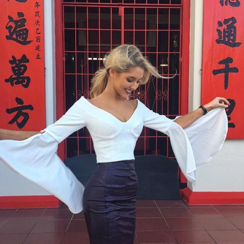 Ella Medina's avatar
