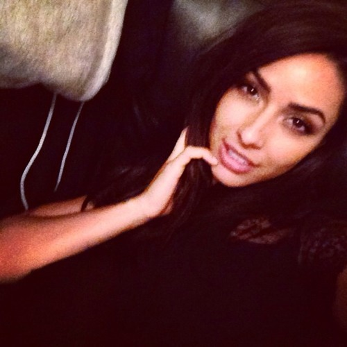 Ava Rosario's avatar
