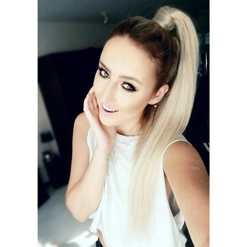 Maria Barker's avatar