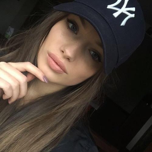 Ariel Atkinson's avatar