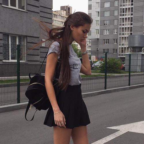 Alexis Neal's avatar