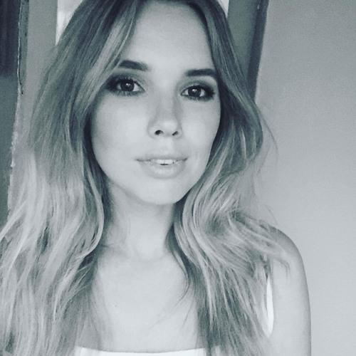Eva Mills's avatar