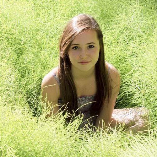 Cassandra Roth's avatar