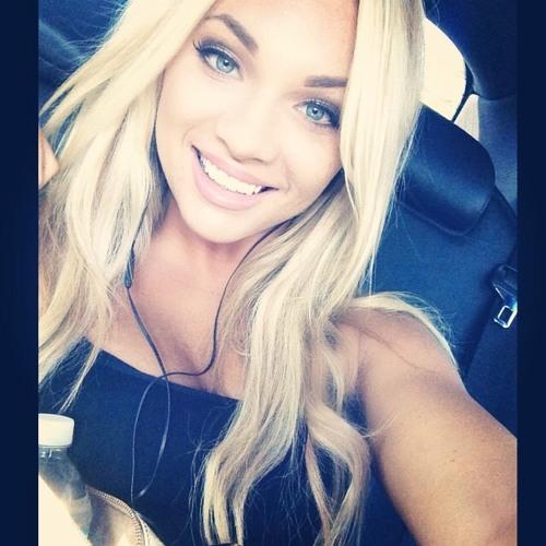 Sophia Morrow's avatar