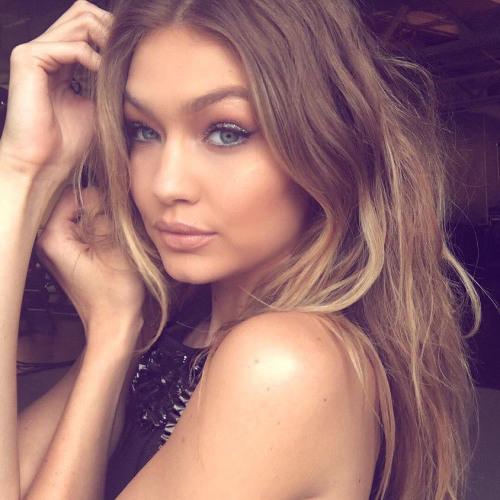 Christina Daniel's avatar