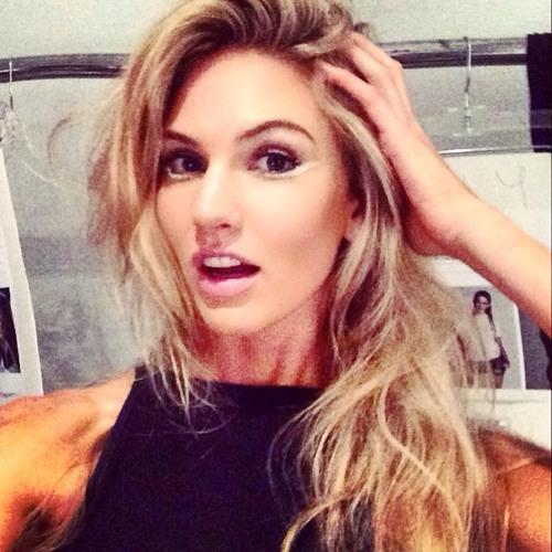 Elizabeth Barrera's avatar