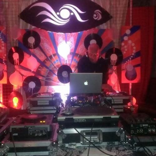 DJ DLT's avatar