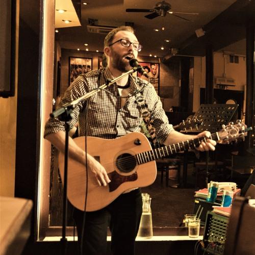Graeme J Kerr's avatar